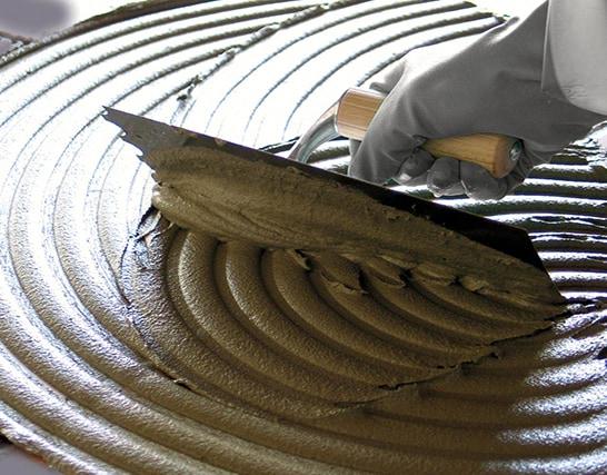 Come applicare a pavimento gres porcellanato su una vecchia piastrellatura esistente